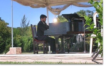 7b0337arg-concierto-escobar11.jpg