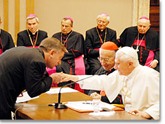 7b0388rom-sacerdotes-movimiento20.jpg